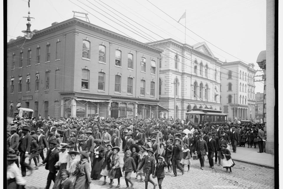 juneteenth_richmond-1905-parade-loc-4a12513a